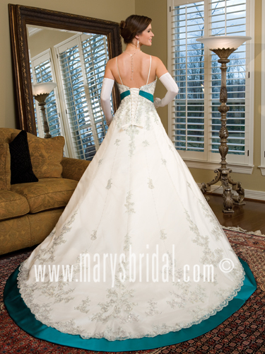 Bridal Wedding Dresses Style 7965 In White Red Color